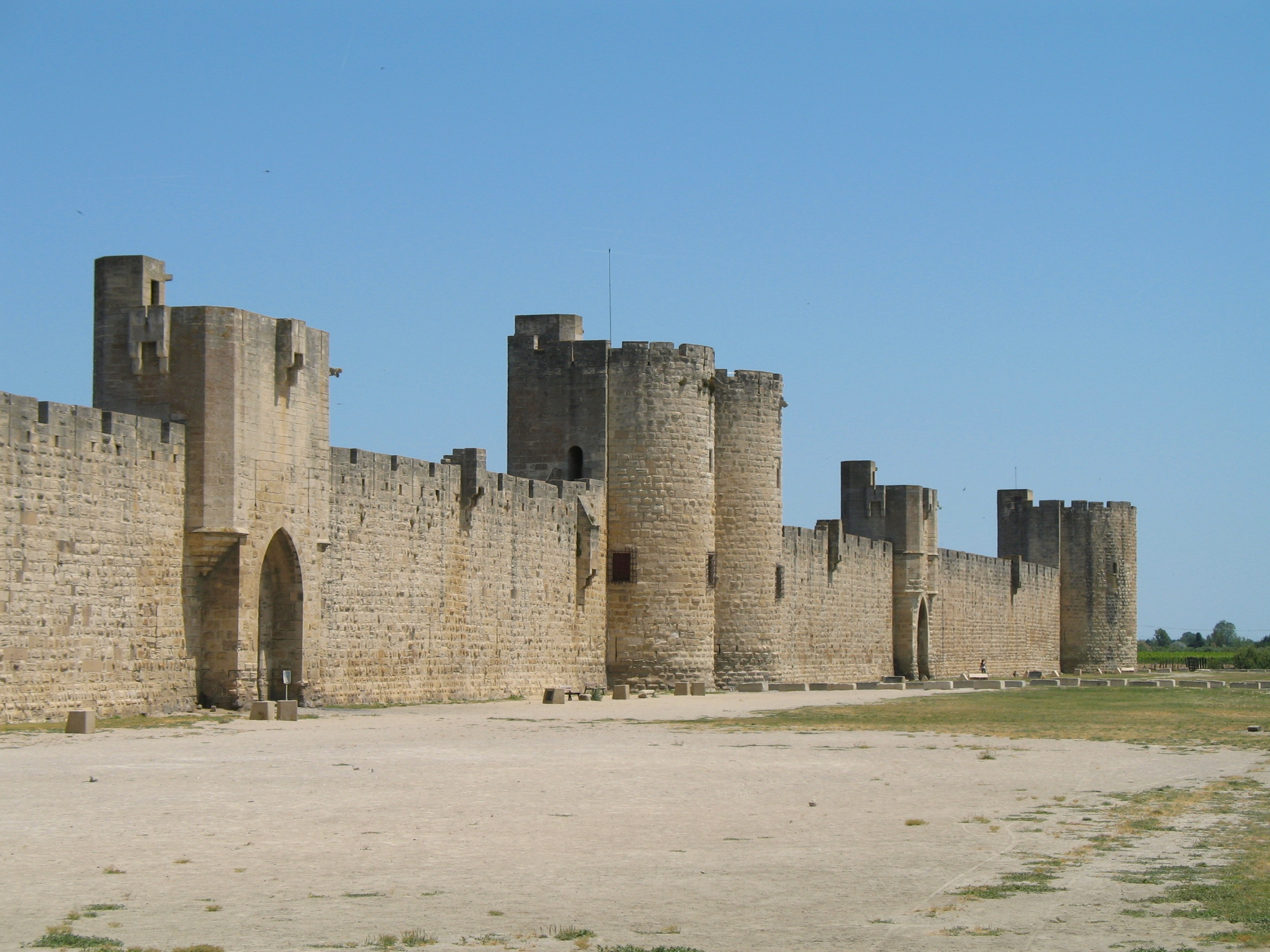 Aigues-Mortes_Walls_01