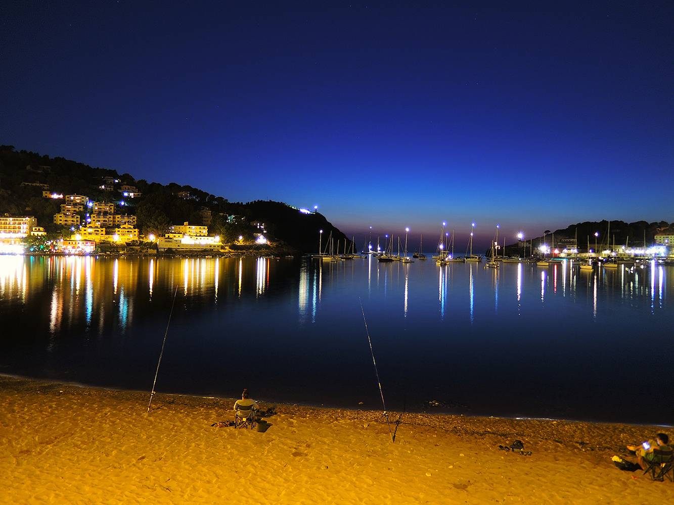 Mallorca-Soller-by-night